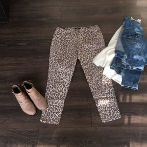 Nine West leopard print jeans